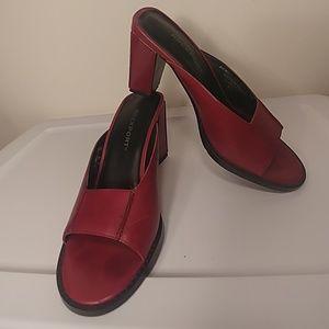 Rockport Brazilian oxblood leather cushioned heels